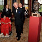 Liz Taylor : De chaudes larmes en découvrant le buste en hommage à son amour éternel, Richard Burton...