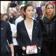 Jessica Biel lors de la 13ème marche annuelle Revlon pour les femmes à Time Square à New York le 1er mai 2010