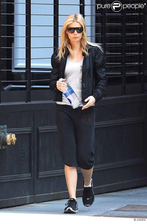 Gwyneth Paltrow sort de la gym à New York