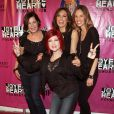 Mariska Hargitay, Maria Bello, Hilary Swank, Marcia Gay Harden et Cyndi Lauper au 2010 Joyful Heart Foundation Gala, à New York. 05/05/2010