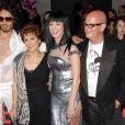 Russell Brand, Katy Perry et les parents de cette dernière, lors de l'avant-première de Get him to the Greek à Los Angeles le 25 mai 2010