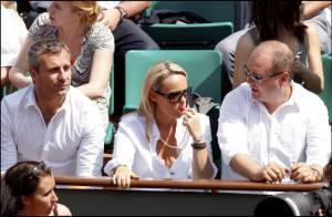 Roland-Garros 2010 : Cécile de Ménibus prend la balle au bond... avec les deux hommes de sa vie !