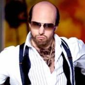 Regardez Tom Cruise, dans la peau de Les Grossman, danser un hip hop endiablé avec Jennifer Lopez !