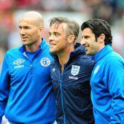 Quand Robbie Williams, Simon Baker et Woody Harrelson... affrontent les stars du foot Zinedine Zidane et Luis Figo !