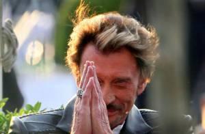 Johnny Hallyday : Regardez-le métamorphosé et superbe... son retour sur scène !