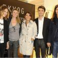 Emilie Dequenne, Emma de Caunes et Zoé Félix entourent l'équipe d'Ekyog lors de la soirée de lancement de la collection Capsule POUR LONGTEMPS d'Ekyog et l'inauguration de la 37e boutique le 17 juin 2010 au soir à Paris au 59 rue Bonaparte !
