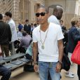 Pharrell Williams lors du défilé Louis Vuitton à Paris, le 24 juin 2010