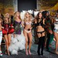 Doutzen Kroes en compagnie d'Alessandra Ambrosio, Miranda Kerr, Marisa Miller, Heisi Klum... défilent pour Victoria's Secret en novembre 2009