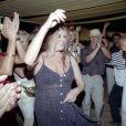 Brigitte Bardot danse
