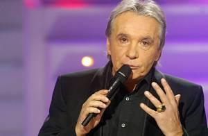 Michel Sardou : à peine arrivé au paradis... le voilà qui se prend pour une femme des années 2010 !