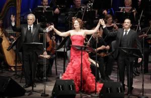 José Carreras : En famille et avec la fantastique Pilar Jurado, le ténor a illuminé une nuit magique...