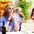 Julia Roberts attend impatiemment sa pizza dans Mange, prie, aime