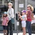 Jane Lynch, son épouse et leurs enfants