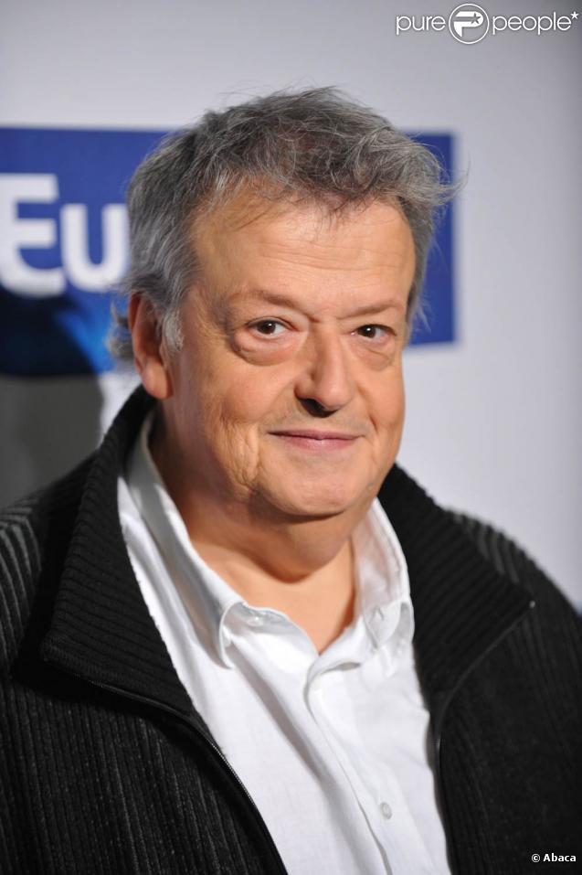Guy Carlier quitte la radio en juin 2011.