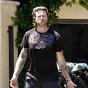 Dean McDermott : Après son terrible accident de moto, le mari de Tori Spelling... remonte en selle !