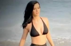 Katy Perry, en dessous chic, vous emmène en coulisses d'un shooting sexy !