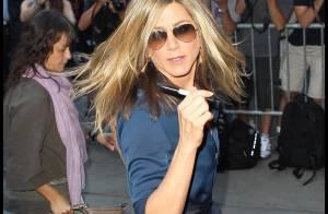 Jennifer Aniston use de son charme virevoltant pour parler de sa drôle de grossesse !
