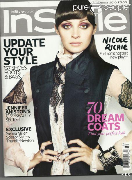 Nicole Richie en couverture du magazine InStyle du mois d'octobre 2010