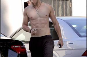 Kellan Lutz, le vampire de Twilight, totalement nu... ou presque ! Hot !