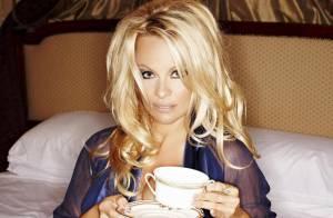 Pamela Anderson : Elle offre à ses fans une nuit de sexe ! Et ce n'est pas une blague !