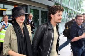 Miranda Kerr ne peut plus cacher son joli bidon au côté d'un futur papa... fou amoureux !
