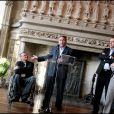 Xavier Bertrand sensible à la vie en chaise roulante pour l'association Handynamic