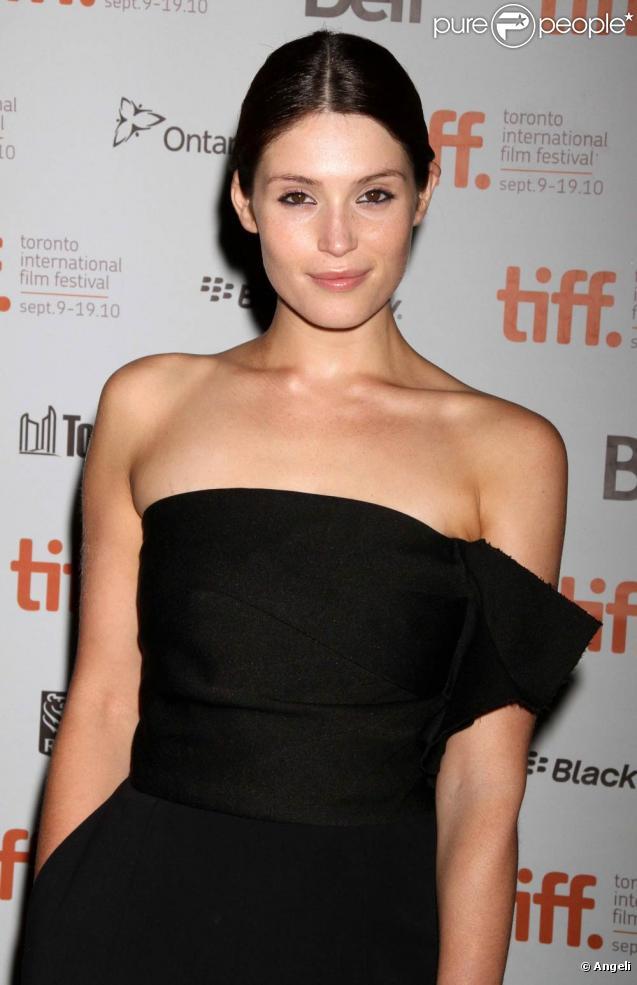 Gemma Arterton, radieuse, lors de la présentation de  Tamara Drewe  au Festival du Film de Toronto, le 12 septembre 2010.