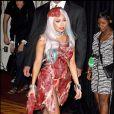 Lady Gaga et sa robe taillée dans la viande aux MTV Video Music Awards 2010
