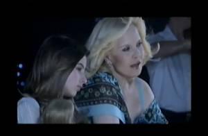 Sylvie Vartan : Découvrez-la chanter avec sa fille Darina, 13 ans !