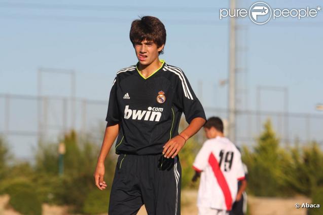 Enzo Zidane, 15 ans, fils de Zinedine Zidane et leader de l'équipe de jeunes du Real Madrid, lors d'un match à Madrid, le 11 septembre 2010.