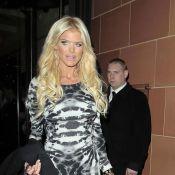 Victoria Silvstedt : La bimbo blonde a décidé de vous en mettre plein la vue !