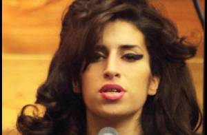Amy Winehouse est de retour sur scène, et vous présente sa ligne de vêtements !