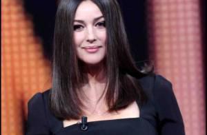 Fière de ses formes de jeune maman, Monica Bellucci s'affiche en pin-up sexy !