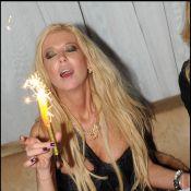Tara Reid, très décolletée et très distinguée, fête ses 35 ans chez Jean-Roch !
