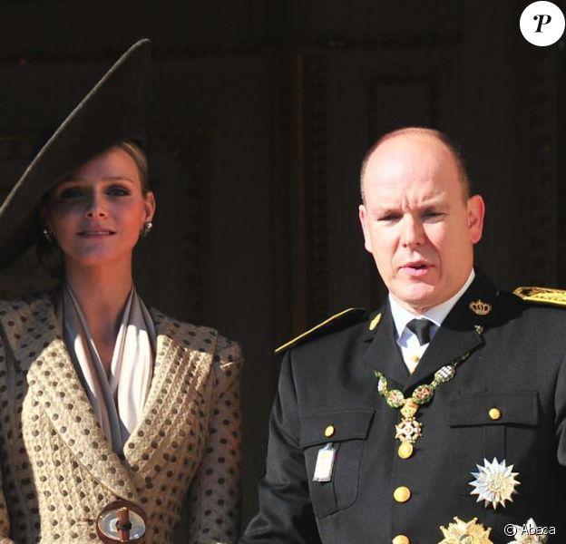 Charlene et Albert lors de la Fête nationale monégasque, le 19 novembre 2010.