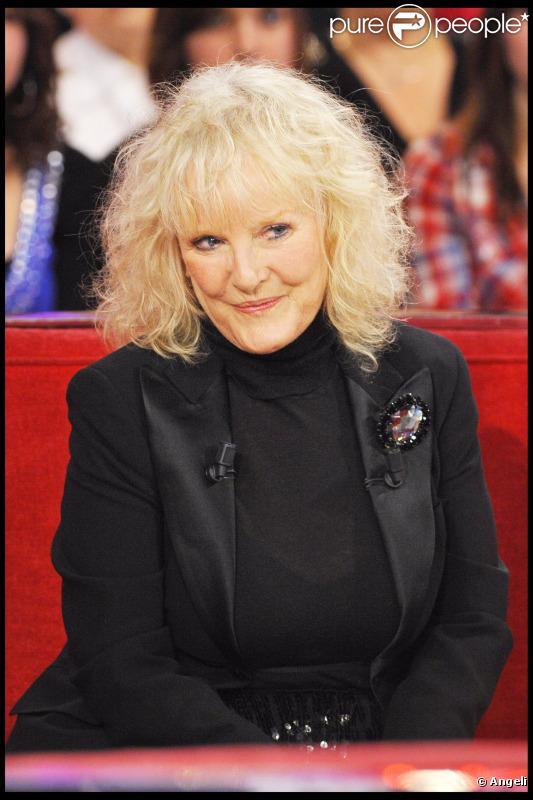 Petula Clark lors de l'émission Vivement Dimanche, diffusée le 28/11/2010.