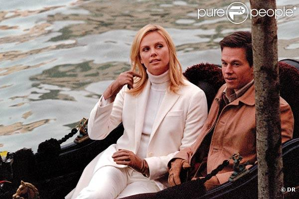 Mark Wahlberg et Charlize Theron dans Braquages à l'italienne de F