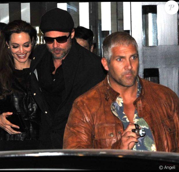 Angelina Jolie et Brad Pitt ont dîné chez Guy Savoy, dans le 17e à Paris, le 2 décembre 2010