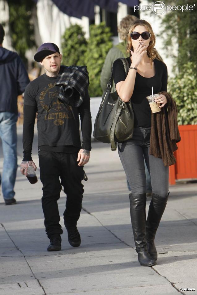 Benji Madden en compagnie d'une inconnue pour un déjeuner à Los Angeles en novembre 2010