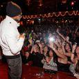 Usher en plein concert à Boston, le 21 décembre 2010