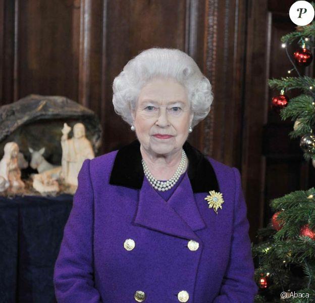 La reine Elizabeth II a, pour la première fois, enregistré son message de Noël à Hampton Court. Un message, une fois n'est pas coutume, qui se focalise largement sur le thème du sport !