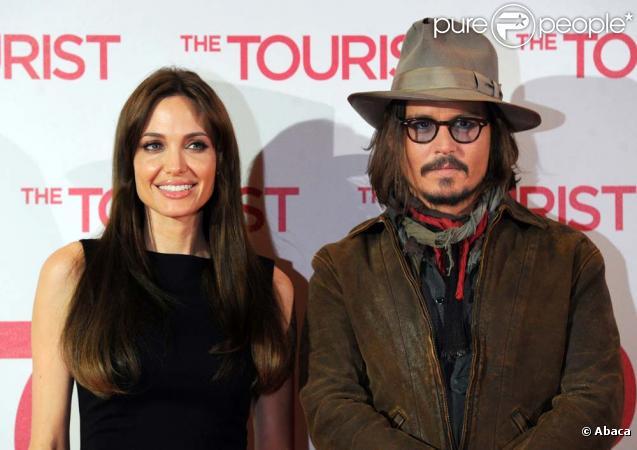 Le réalisateur Florian Henckel von Donnersmarck, Angelina Jolie et Johnny Depp présentent  The Tourist  à Berlin, le 14 décembre 2010