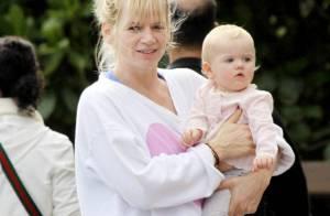 Zoe Ball : En compagnie de son mari Fatboy Slim, elle présente sa fille Nelly !