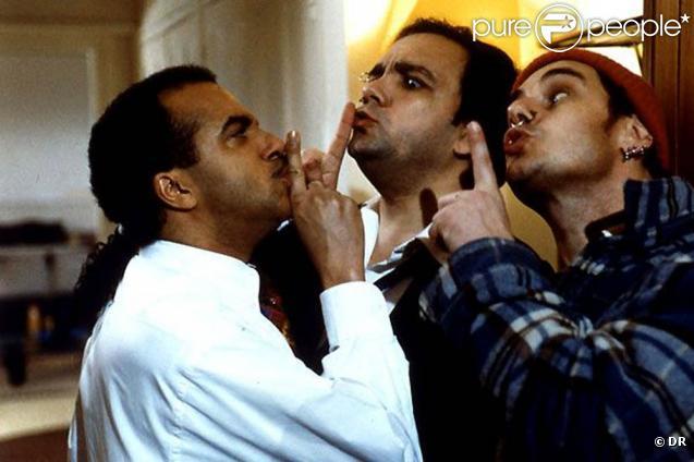Des images des  Trois frères , sorti en 1995.