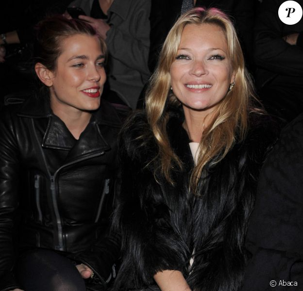 Kate Moss et Charlotte Casiraghi lors du défilé Etam, au Grand Palais, le 24 janvier 2011