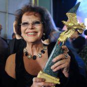 La mythique Claudia Cardinale et le légendaire Michel Piccoli... décorés !
