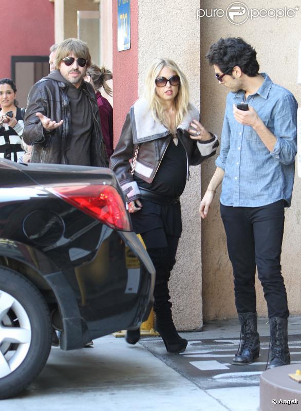 Rachel Zoe et son mari Roger Berman retrouvent des amis à West Hollywood, samedi 5 février.