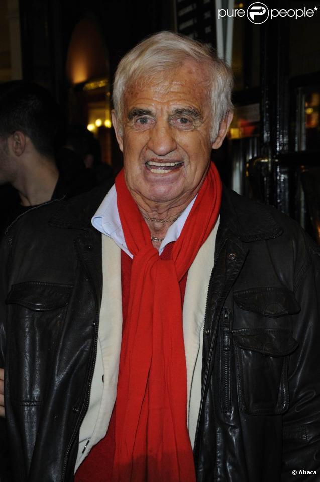 Jean-Paul Belmondo à la générale de la pièce Une journée ordinaire, au Théâtre des Bouffes Parisiens, le 7 février 2011.