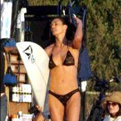 Demi Moore : A 48 ans, elle renfile son bikini noir, nous sommes sans voix...