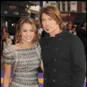 """Billy Ray Cyrus : """"J'ai peur pour Miley. Elle pourrait être mise en danger !"""""""